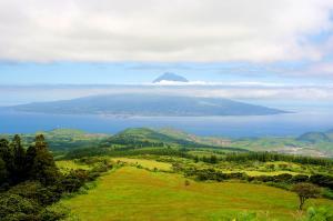 Azoren  -  Vulkaninseln im Atlantik