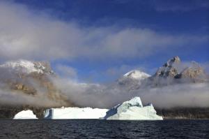 Grönland - Scoresby-Sund: Eisberge und Nordlichter