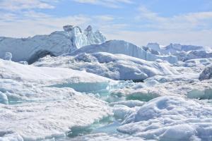 MS ULTRAMARINE: Grönland von Süd nach West
